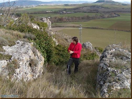 Rampa de entrada al poblado tallada en la roca