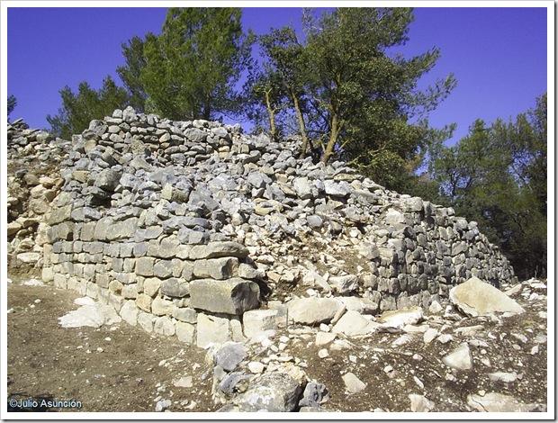 Torreón en el acceso al poblado ibero