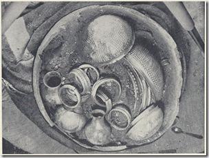 Vasija donde apareció el tesoro