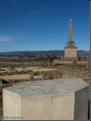 Mesa - Plano representando el cerco de Escipión - Numancia