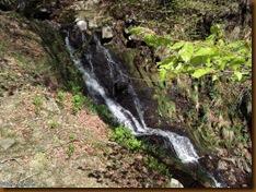 Cascada - ruta megalítica de Belate