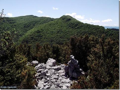 Cima de Bozporro - ruta espino de Azparren