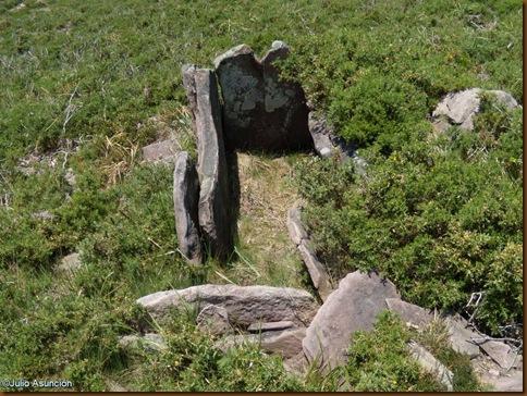 Dolmen  - Ruta Legate - Valle de Baztán