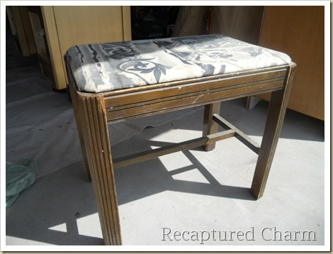 Gold Antique Vanity 008