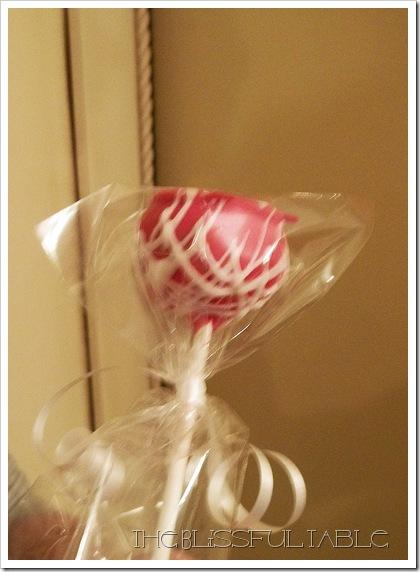 Valentine Cake pops 009a