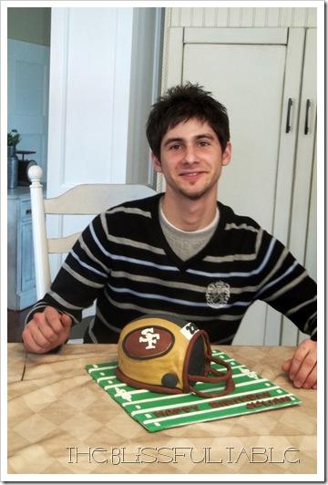 football helmet cake5a