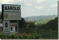 Bord met barolo