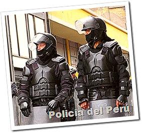 policias_peru_puro_uniforme_poco_trabajo