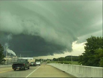 tornado in calhoun