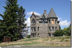 Wht Sulphur Springs Castle 02