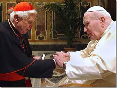 Cardenal Ratzinger con Juan Pablo II