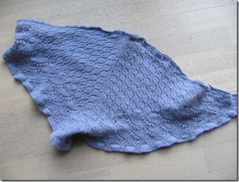 Lilla tørklæde 001