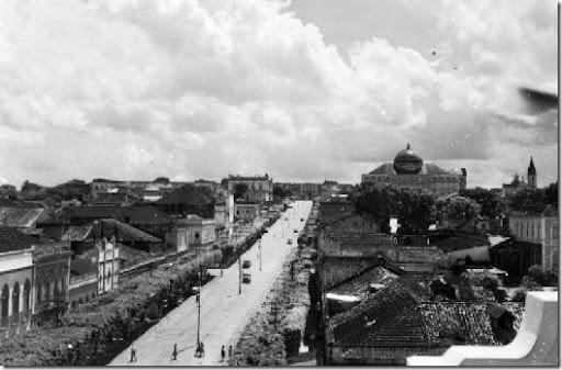 Avenida Eduardo Ribeiro em Manaus (AM6