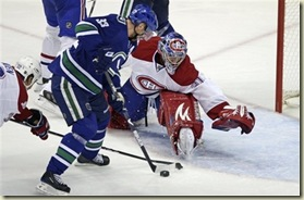 capt.0934072e0051421588b986ea87bb833b.canadiens_canucks_hockey_vcrd216