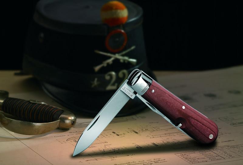 Le premier couteau de l'armée suisse Heritage_scenic_Ambiance