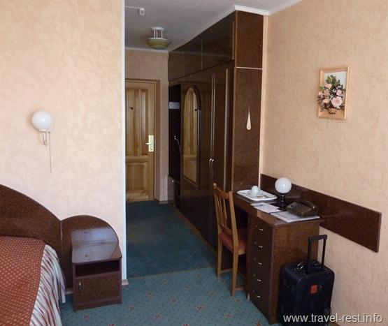 номер 906 гостиницы Мир Киев
