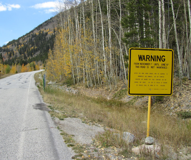 cottonwood pass warning sign