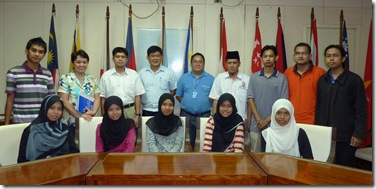 Visitors from Universiti Teknologi Malaysia with RD Head Dr. EG Ayson (standing, 2nd from left), Chief Dr. JD Toledo (standing, 4th from left), and Dr. RV Pakingking (standing, 5th from left)