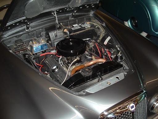 http://lh3.ggpht.com/_vVe8LtN-k_I/SEdxhb7SjEI/AAAAAAAAF1E/tSFE3kmMPYs/Imperial+Palace+Cars+368.JPG