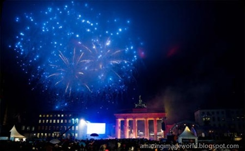 20th anniversary of the fall of Berlin Wall004