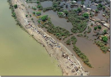 TOPSHOTS-PAKISTAN-DISASTER-FLOODS