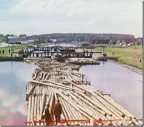 Rafts on the Peter the Great Canal. City of Shlisselburg, Russian Empire; 1909 Sergei Mikhailovich Prokudin-Gorskii Collection (Library of Congress).