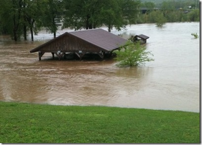 FLOOD2011-2