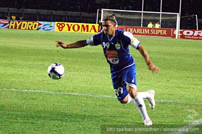 Gonzalez Persib vs Arema 2009/2010
