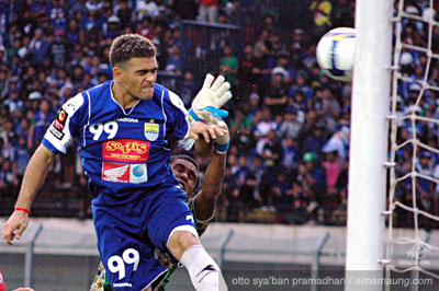 Gonzales Persib vs Bontang FC 2009/2010