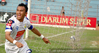 Airlangga Persib Bandung 2009/2010