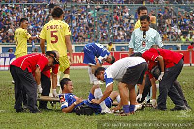 Atep Persib vs Sriwijaya FC 2009/2010