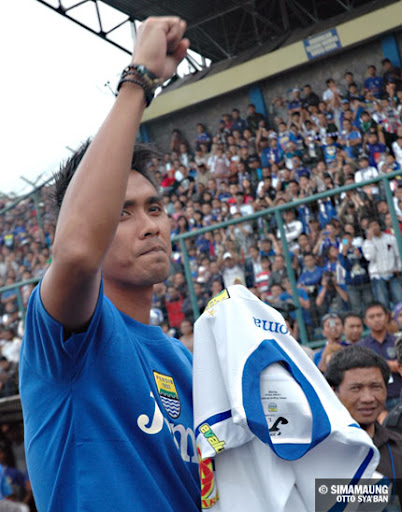 Maman Persib 2010/2011