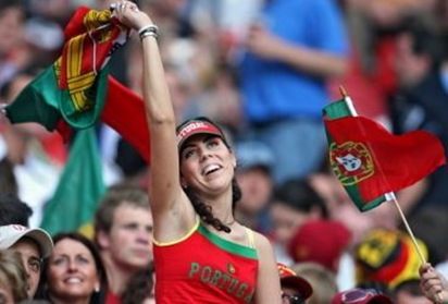 portugese football chick