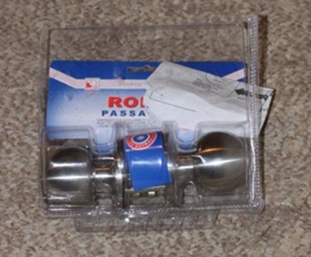 passage door and lock kit