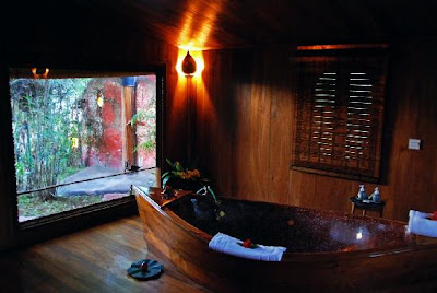 Inle Prince Resort Bathroom