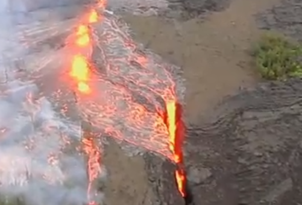 Mt Kilauea hawaii lava fissure News Science Blog Daily