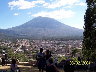 volcanoes-antigua guatemala-atitlan-panajachel-cero de la cruz-agua-porn-acatenango