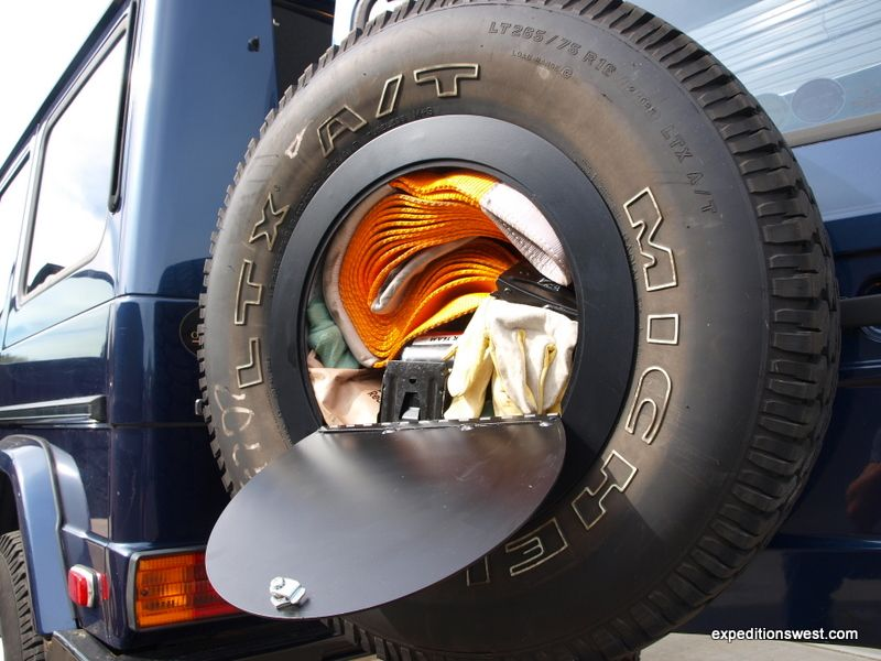tire overland spare storage expedition jeep wagen land door 4x4 journal portal cruiser carrier vehicle series gear truck freaking awesome