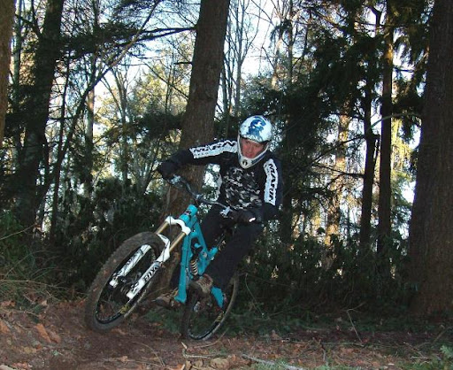 Ripping a turn on the Fox 36 180