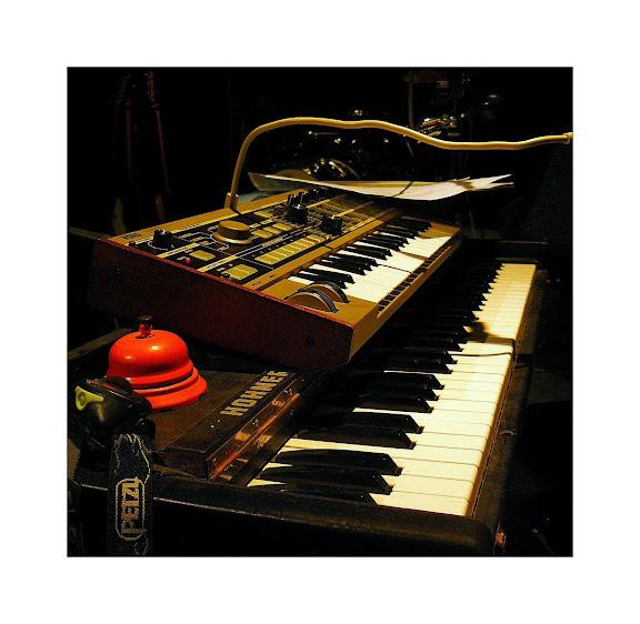 Fred Batista - Page 2 Claviers%20Batista