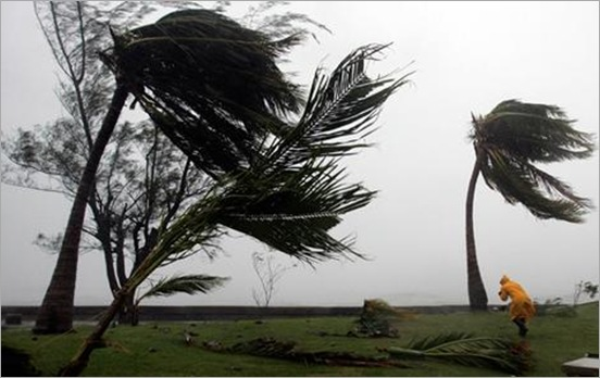 Stolen from http://www.smh.com.au/news/world/mighty-hurricane-rips-into-jamaica/2007/08/20/1187462176029.html