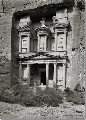 Petra, Kazneh, mat04477