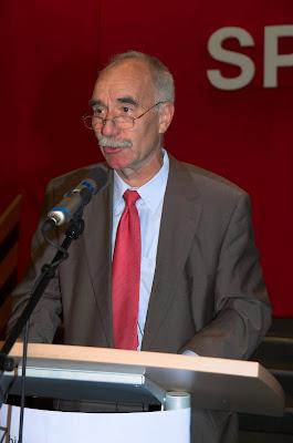 Festredner Harald Denecken