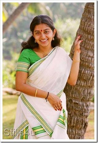 meerajasmine with mallu actress kavya madhavan still kavya madhavan ...