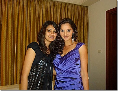sania-mirza-hot-in-dress