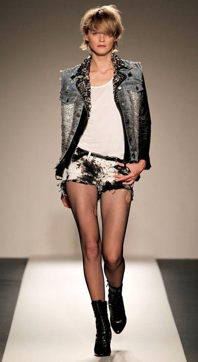 Balmain-na-Paris-Fashion-Week-Primavera-Verão-2011-30