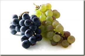 1233861_organic_grapes