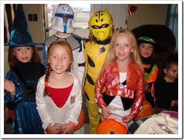 10-31-08 Halloween kids 09