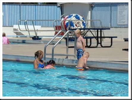 06-25-10 Zane swim lesson 04