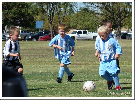 10-09-10 Zane soccer 10